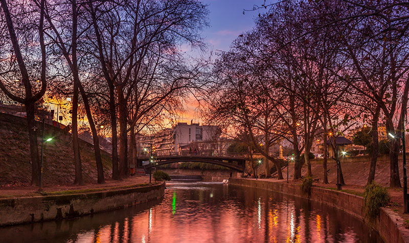 Sunset at the river Lithaios, in Trikala, Greece.